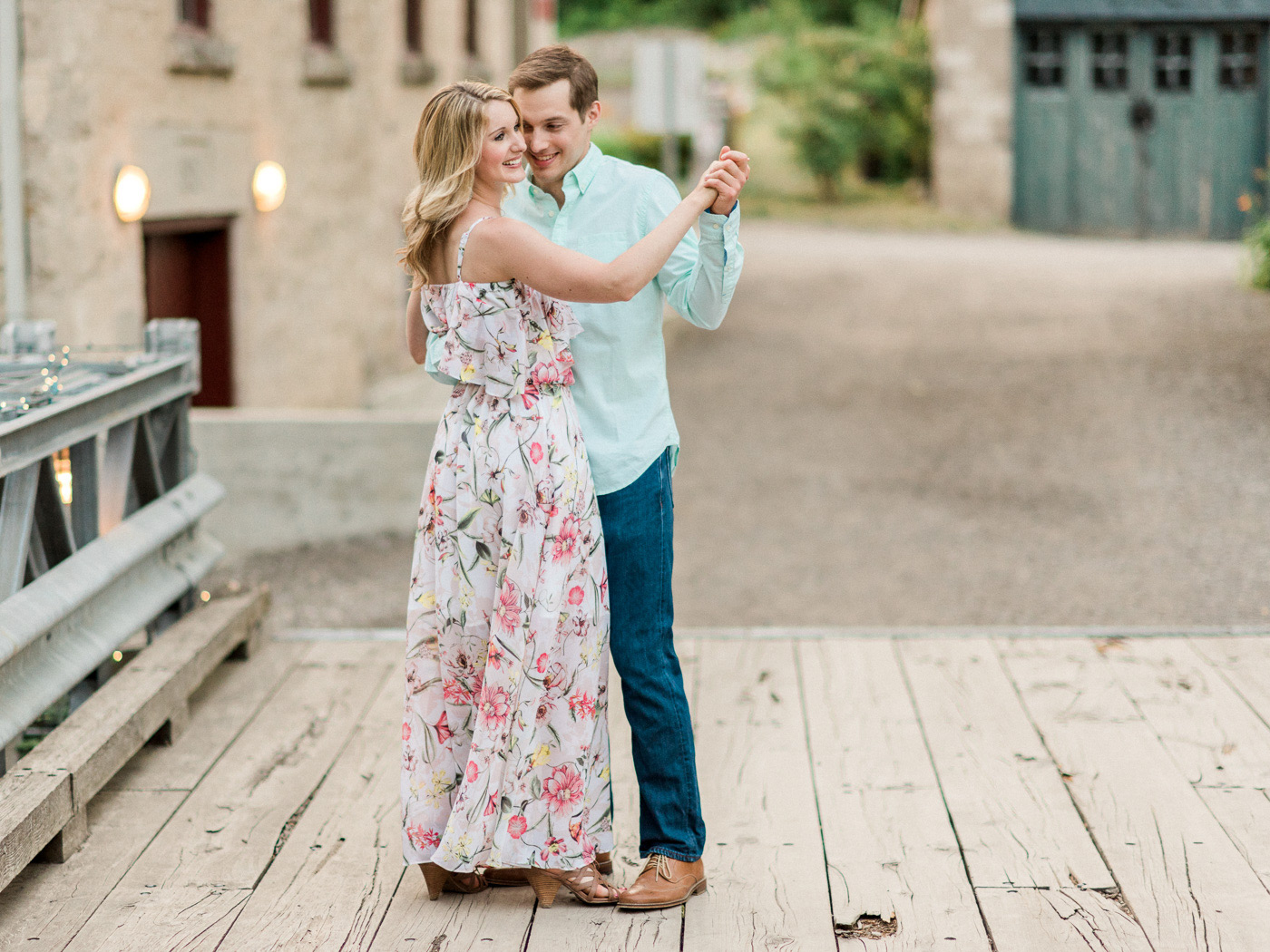 alton-mill-engagement-photography-orangeville-31