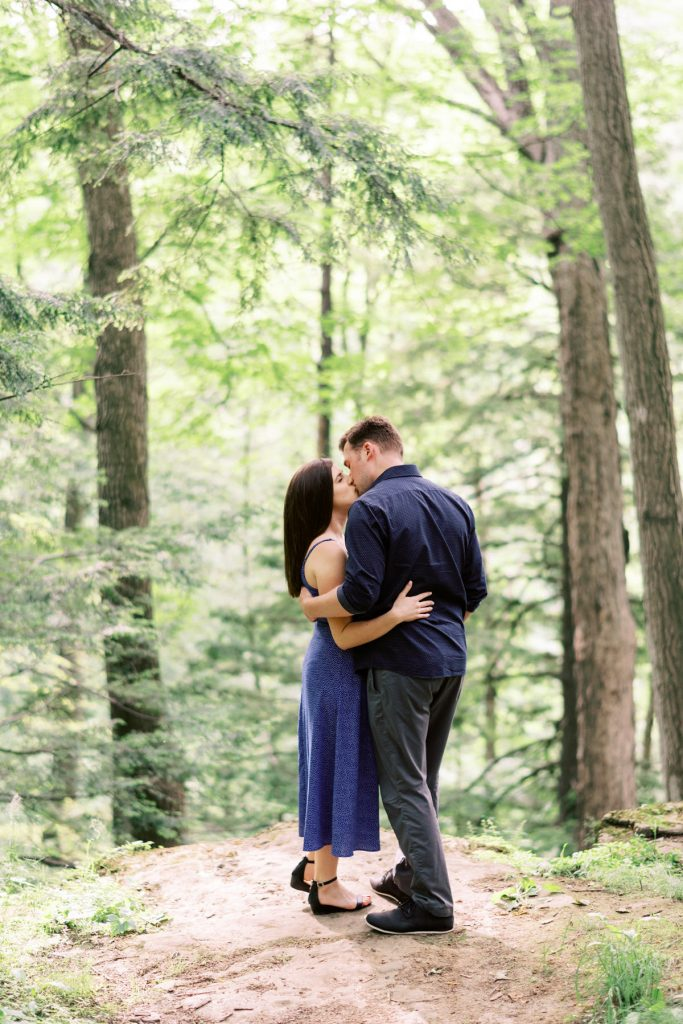 kiss in the woods dundas valley engagement photography